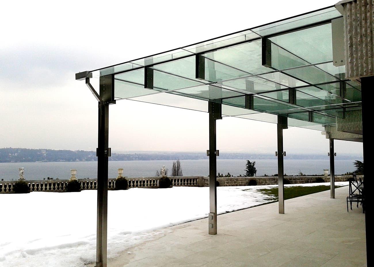 l'architettura del Canopy rappresenta un perfetto equilibrio estetico con l'ambiente naturale circostante in ogni stagione - inverno