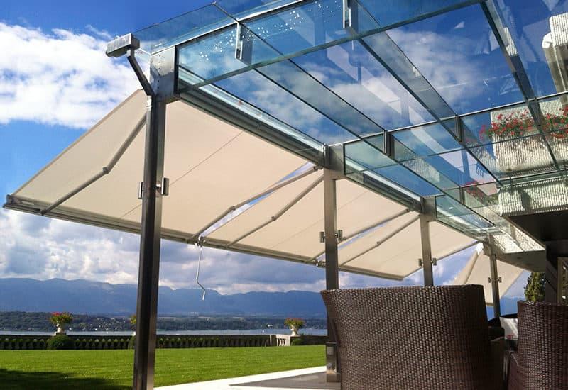 Canopy in vetro strutturale creata da Vetro Strutturale a Ginevra