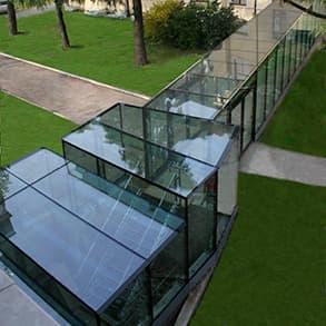 Vetrostrutturale crea pilastri in vetro